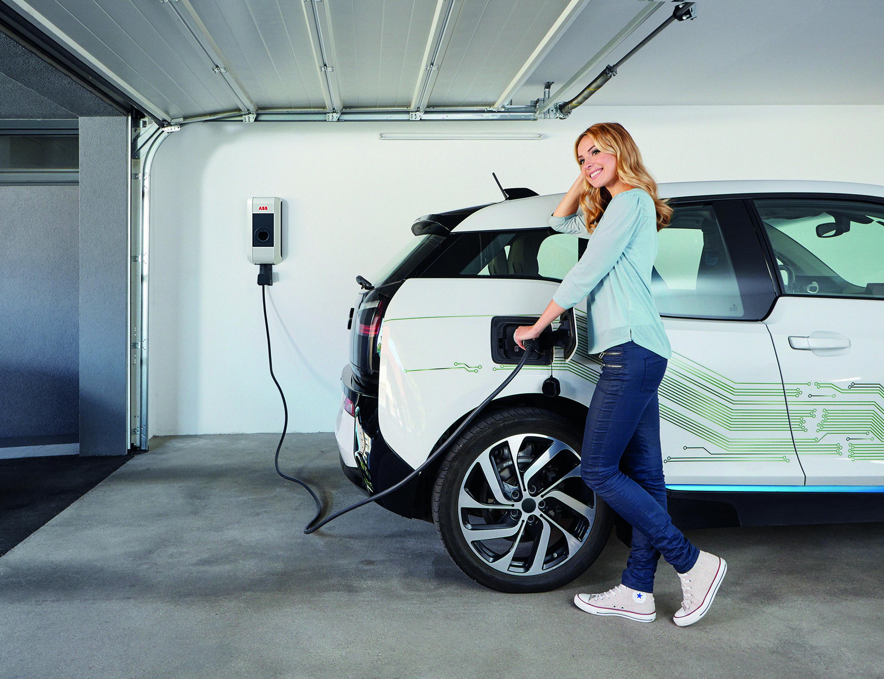 ABB stellt seine wirtschaftlichste Ladelösung für Elektrofahrzeuge vor