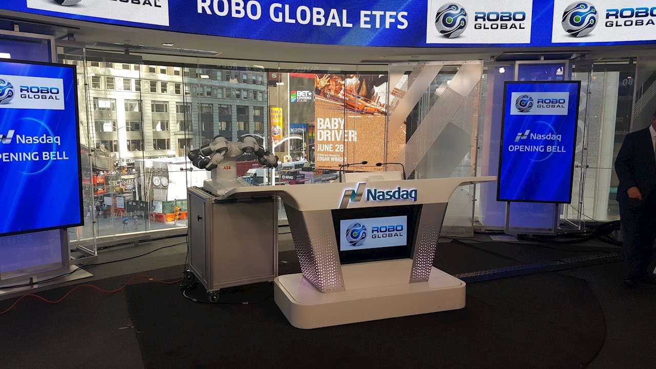 ABB's YuMi® rings the NASDAQ opening bell