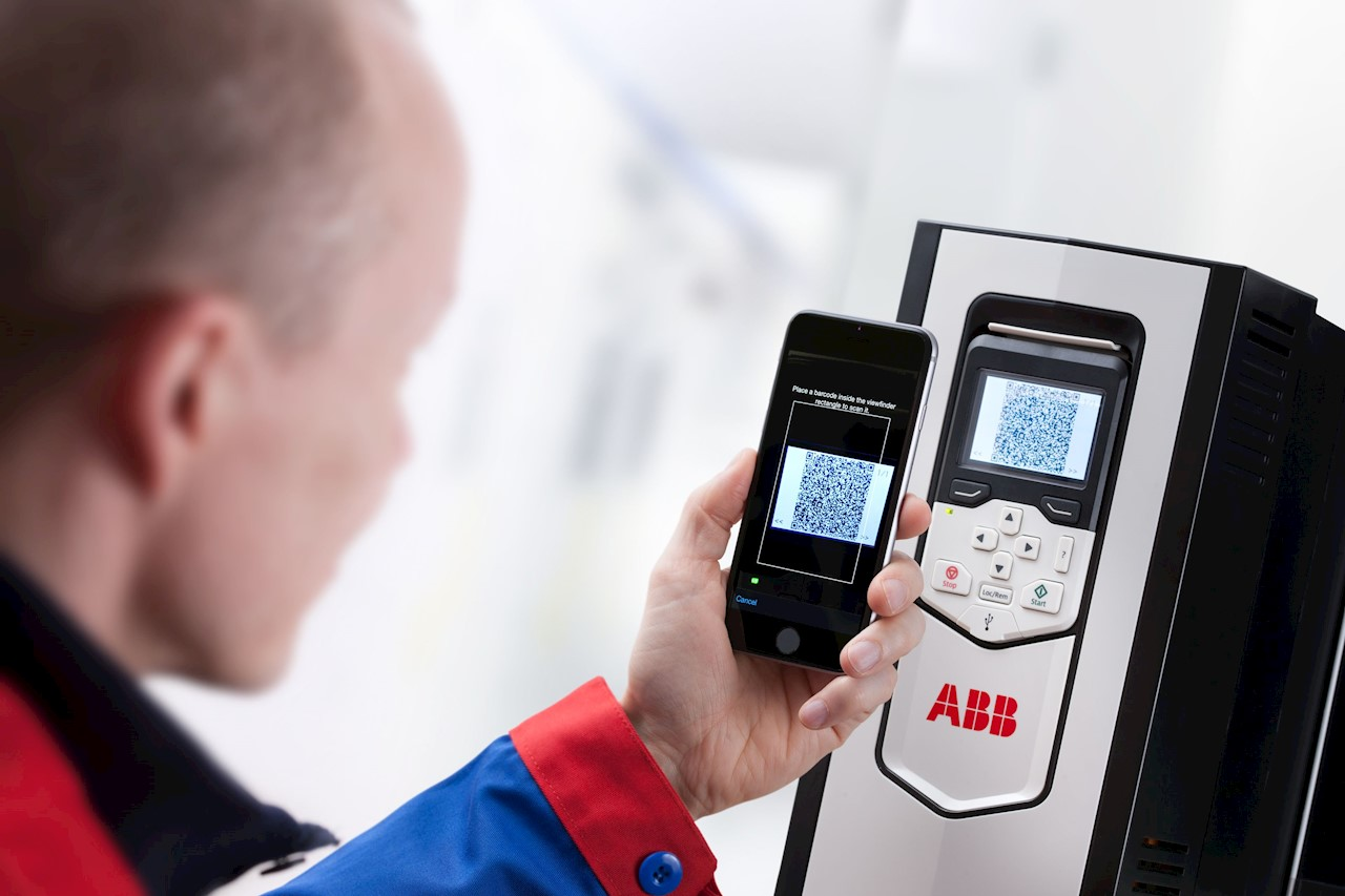 Drivetune app speeds and eases the work of engineers, installers and system integrators commissioning drives. It is able to connect wirelessly to ABB drives, meaning engineers won't need to enter hazardous or difficult-to-reach work areas to access information necessary to help them commission and tune a drive