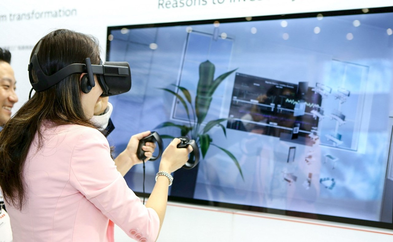 An interactive, virtual reality exhibit at ACW China