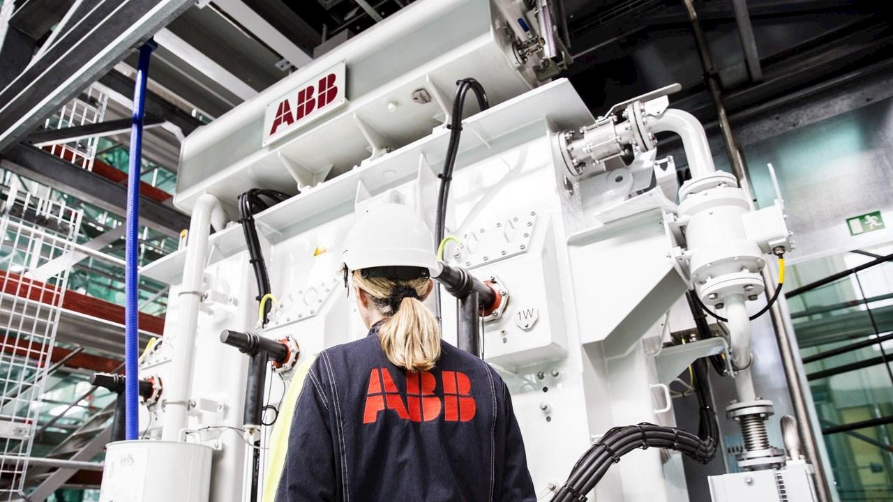Самые высокие в мире плавучие ветровые установки будут работать вместе с трансформаторами ABB