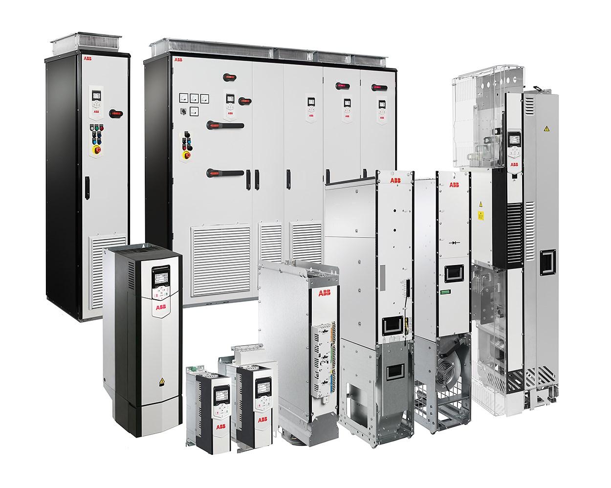 Die flexible Programmierung und Konnektivität mit allen Motoren und Steuerungen machen den ACS880 zur optimalen Lösung für verschiedene Anwendungen - von Regalbediengeräten, Metallpressen, Sortier- und Verpackungslinien, Drehtischen bis hin zu Schneidsystemen.
