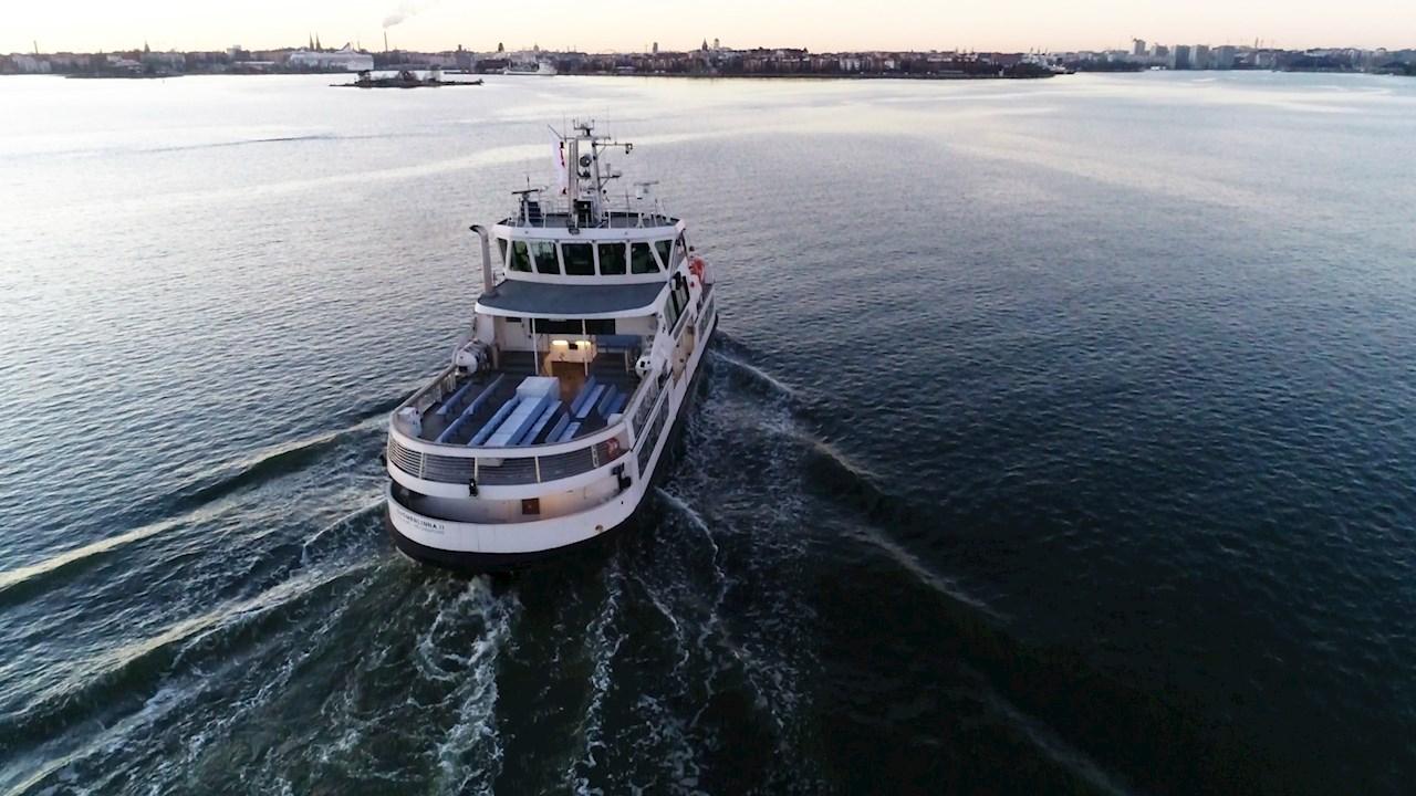 Áttörést jelentő kísérlet az ABB távvezérelt személyszállító kompjának autonóm működtetésében