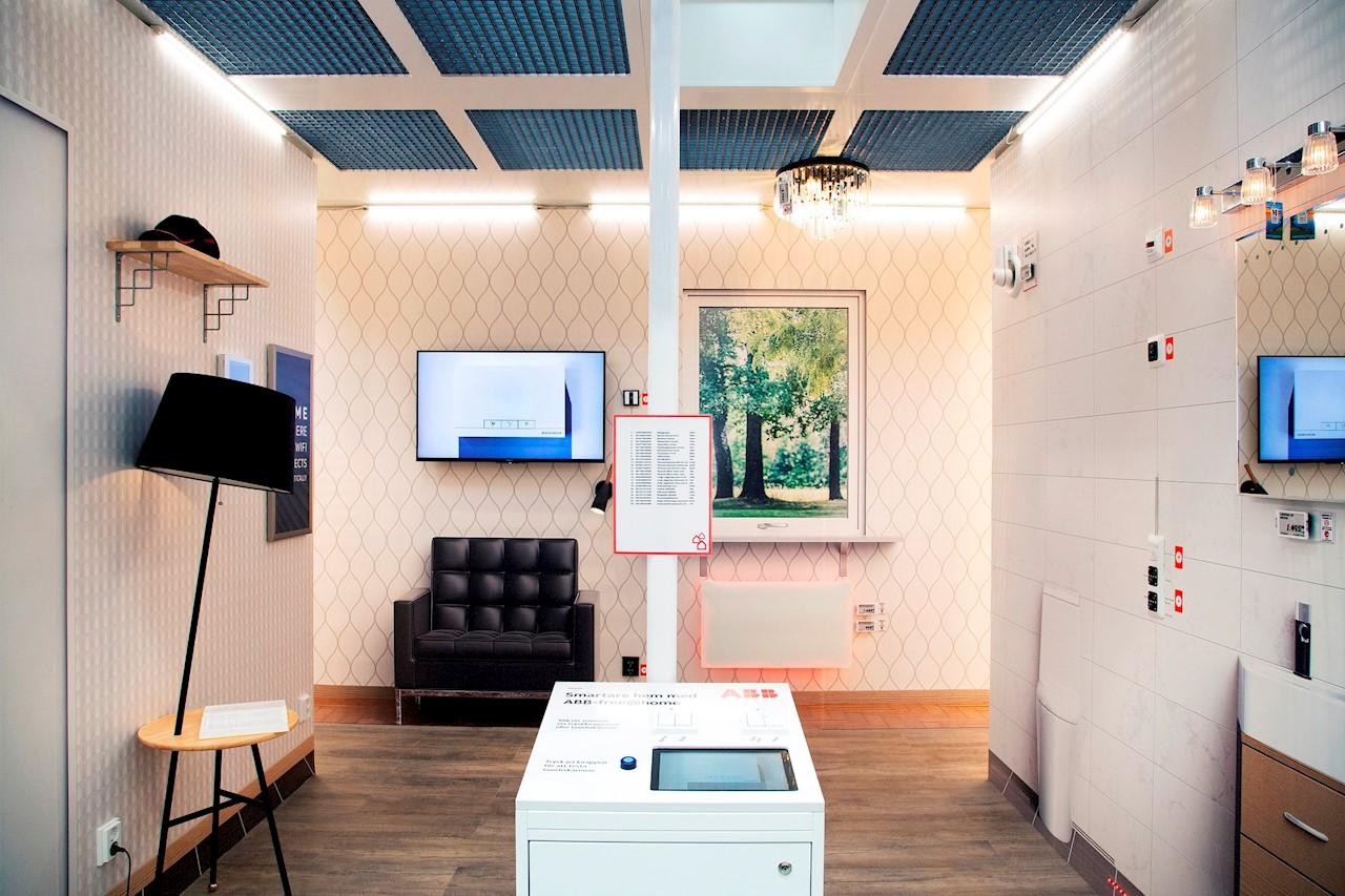 """ABB fortsätter etableringen på """"Gör-det-själv-marknaden"""" (DIY) genom att sälja ett större utbud av installationsprodukter via Bauhaus. Foto: Charlotte Carlberg Bärg."""