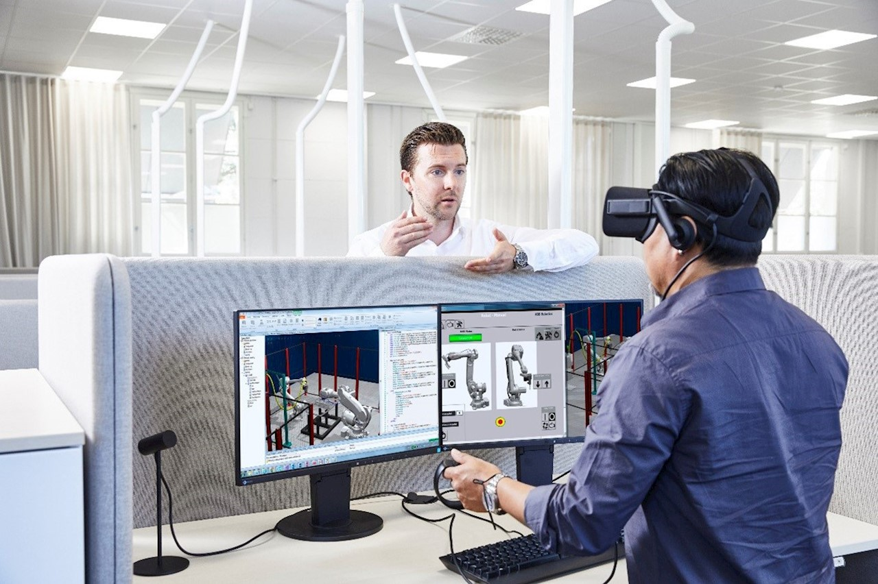 ABB RobotStudio's new virtual meeting capabilities allow collaboration around the world.
