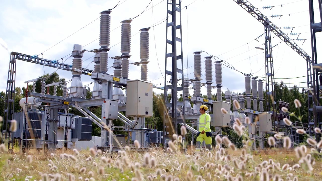 ABB's eco-efficient circuit-breakers help to keep Swedish town green