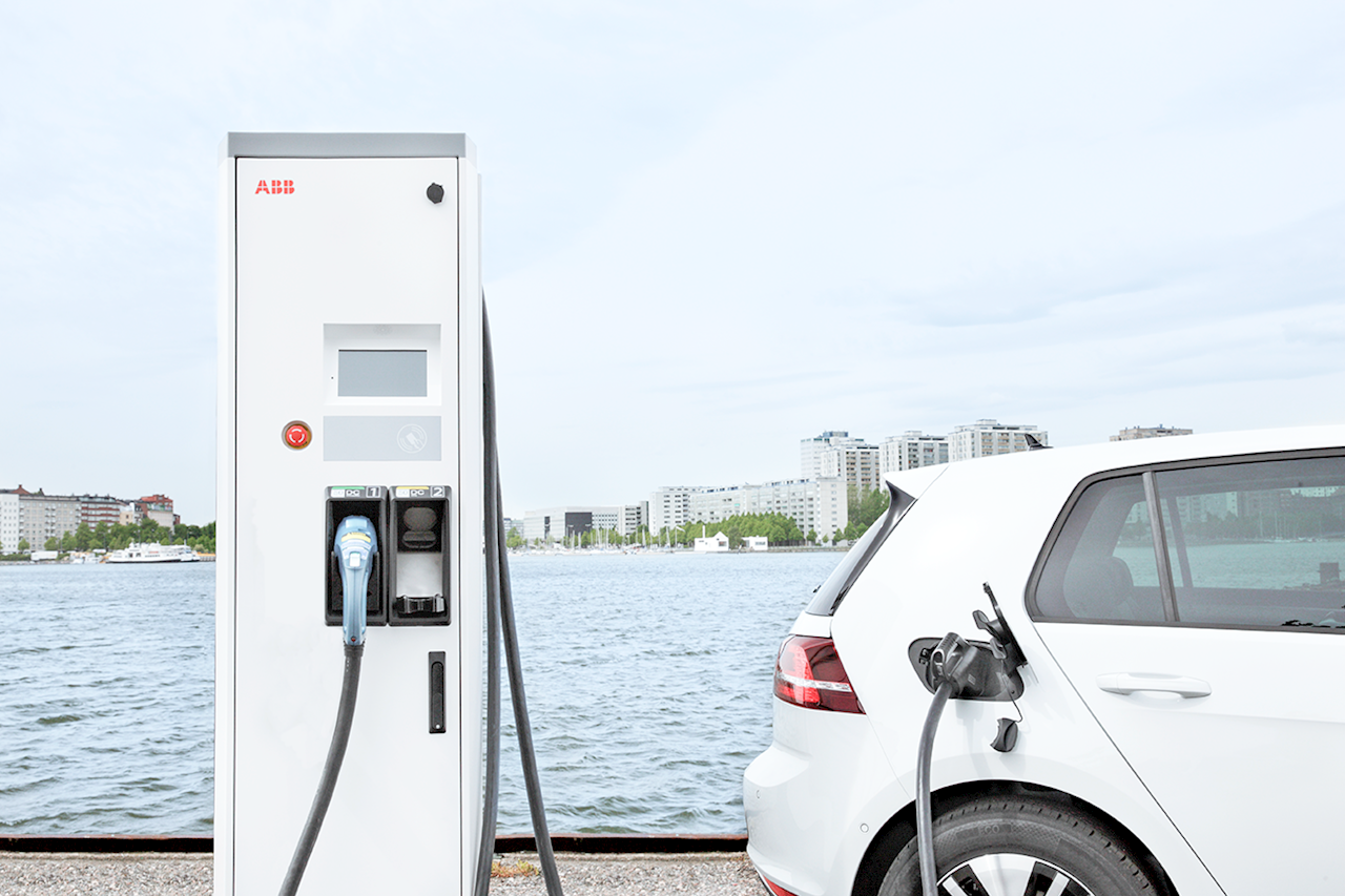 ABB's fast chargers power the e-mobility revolution.