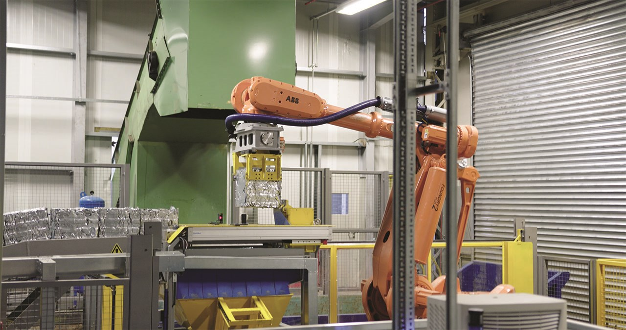 ABB's IRB 8700 helping to make recycling at BMW quieter and quicker
