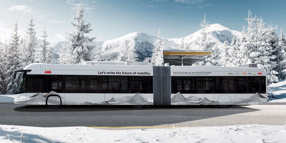 Electric bus with prize-winning ABB technology: TOSA e-buses operate continuously with 20-second charging stops.
