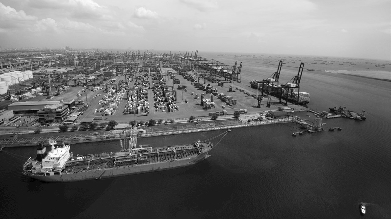 Powering second largest port in Indonesia