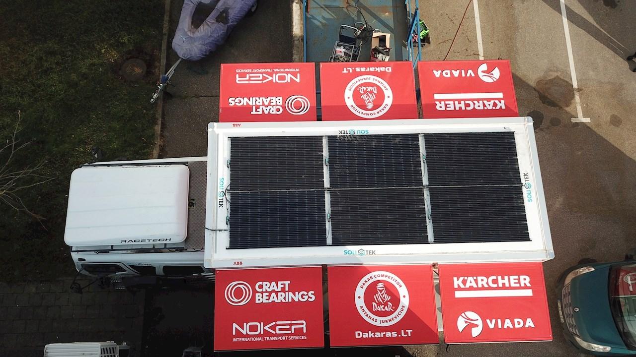 Dakaro ralyje ABB saulės energija aprūpina  aptarnavimo komandą