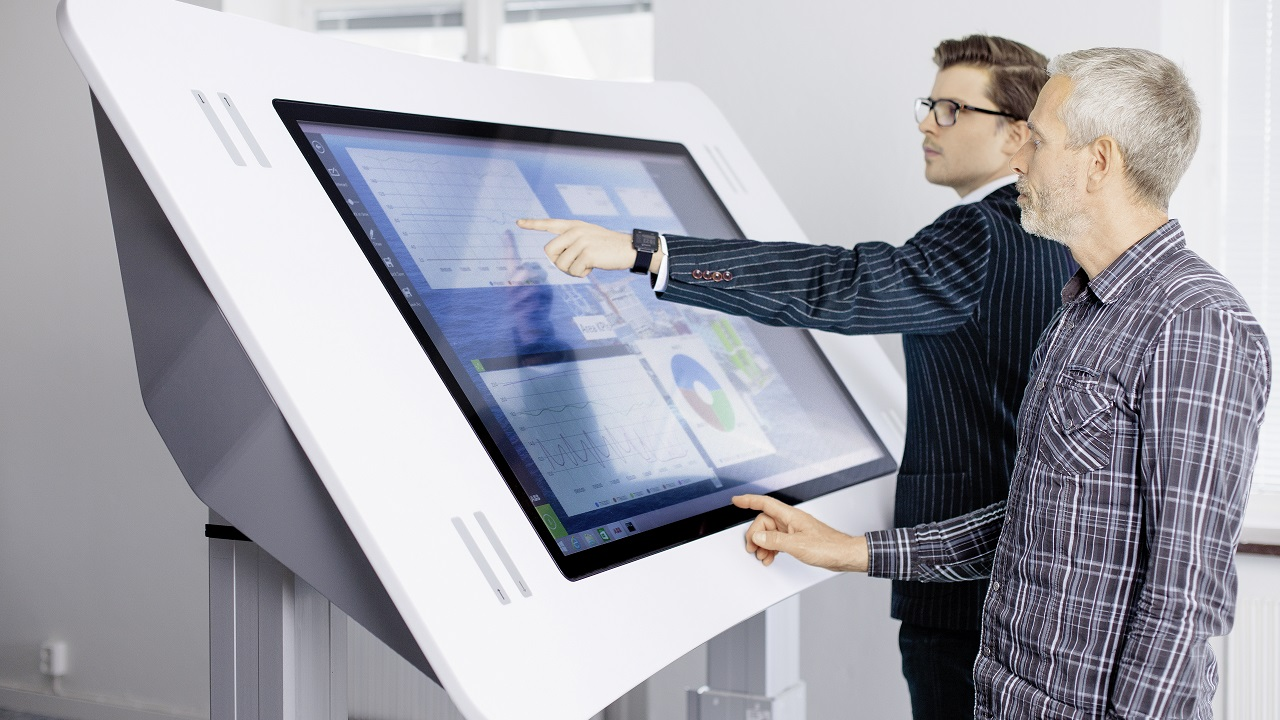 01 ABB's Collaboration Table provides real time access to process data. This is just one example of the many ways in which ABB Ability makes data actionable.
