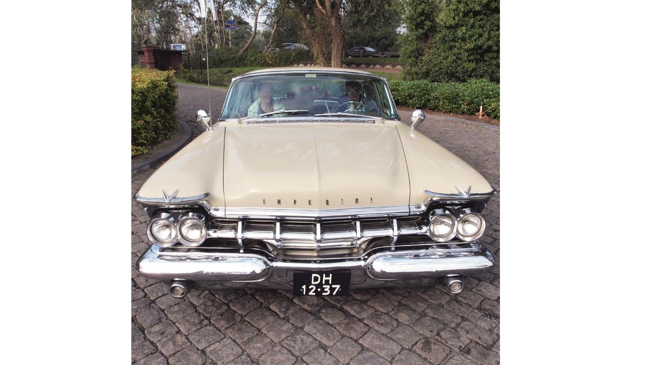 02 Not a hybrid – the Chrysler Imperial car.