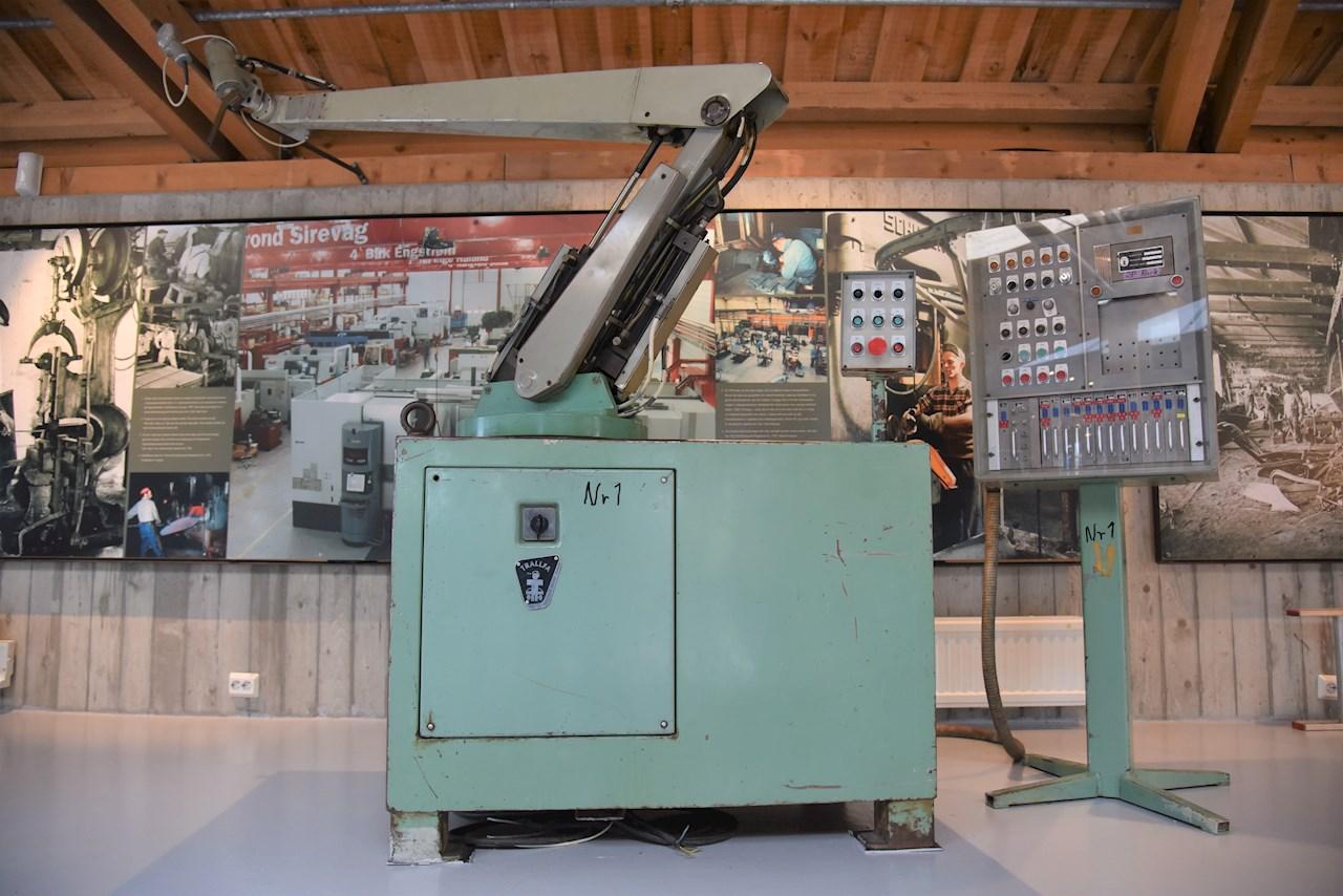 Verdens første lakkeringsrobot fra 1969 er viktig norsk industrihistorie og ble bestilt med