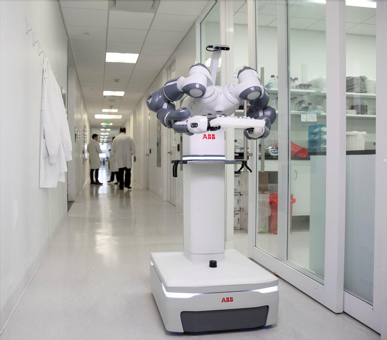 ABBs mobile og autonome YuMi®-laboratorierobot vil være designet for å fungere sammen med helsepersonell og laboratorieansatte.