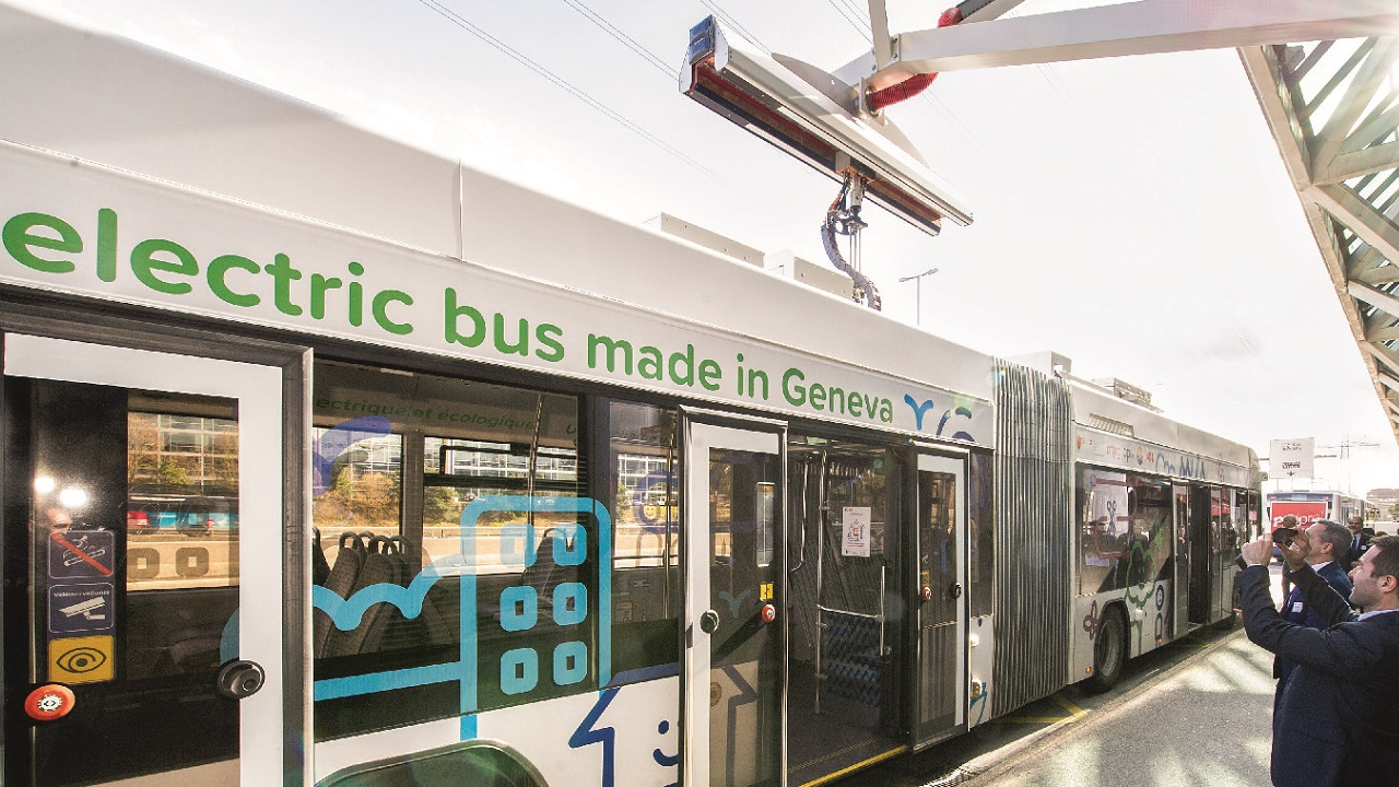 Geneva's first electric bus. The bus uses flash chargers along routes to partially recharge batteries and thus reduce charging time at terminal stations.