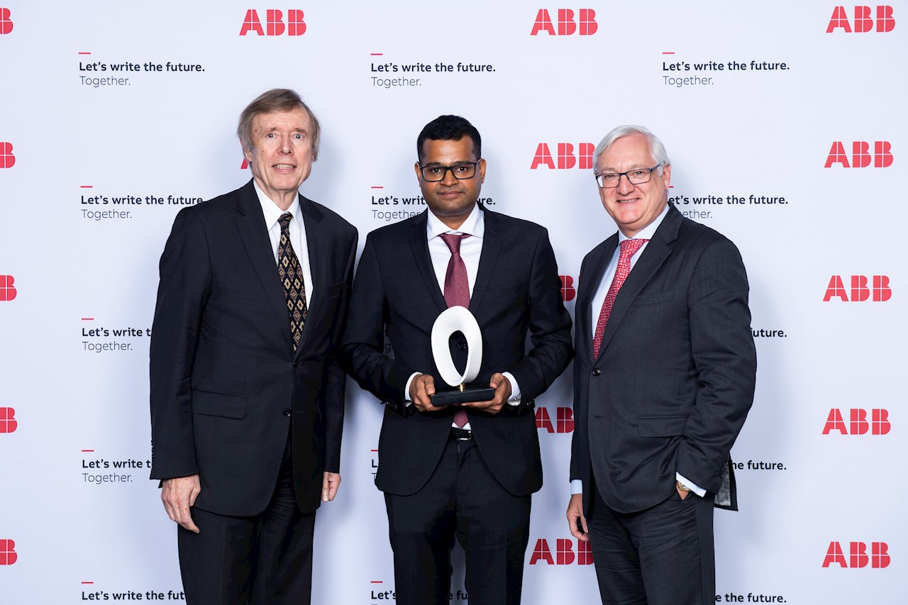 From left to right: Hubertus von Grünberg (former Chairman of ABB), Ambuj Varshney (award winner), Peter Voser (CEO and Chairman of ABB)