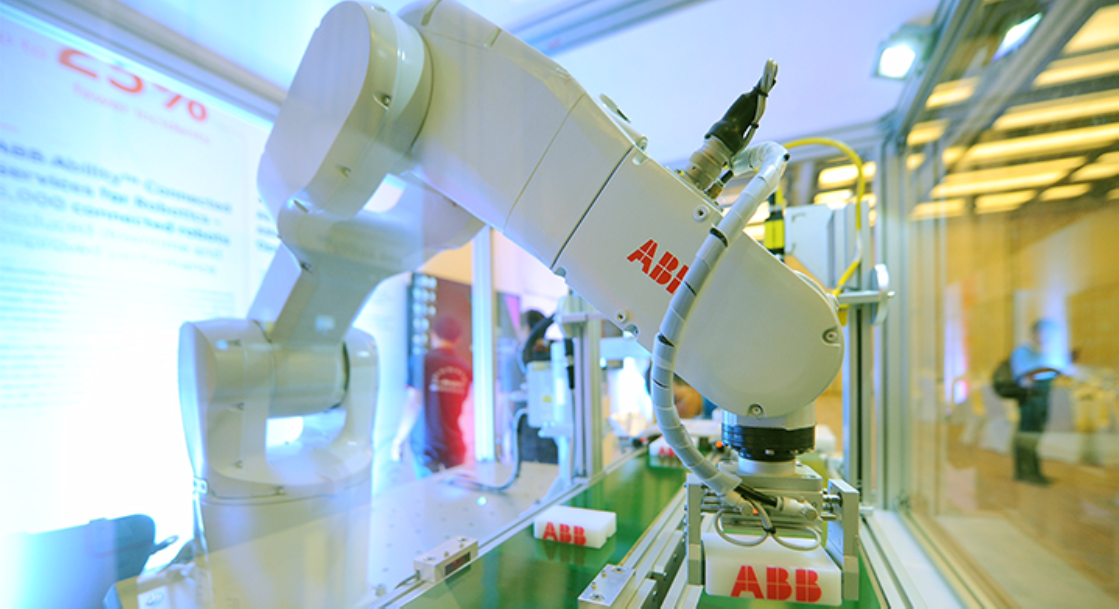 ABB robots play an essential role in Almarai's production capability