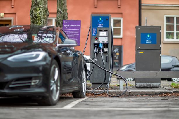 Abb Technology In 40 Fast Charging Stations Across Sweden