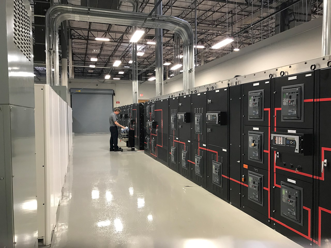 08 Partial view of the full scale test center at the ABB test center in Plano, Texas.