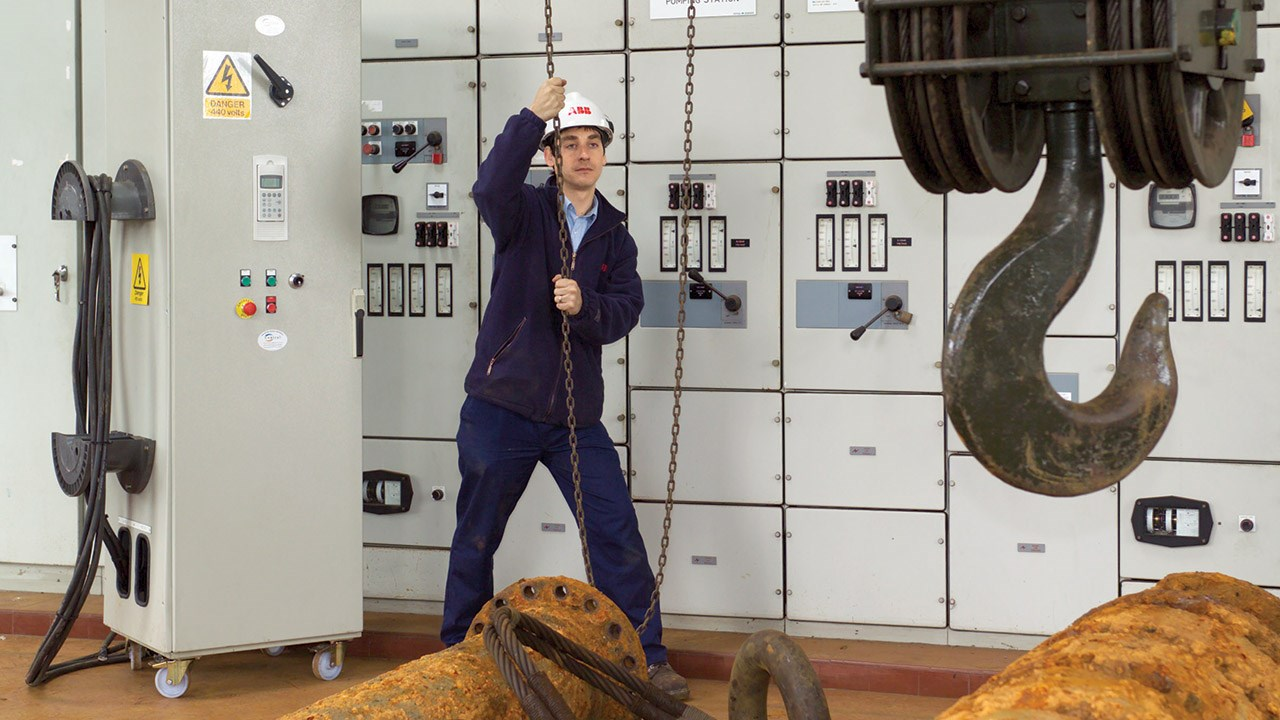 ABB launches UK-wide variable speed drives hire fleet