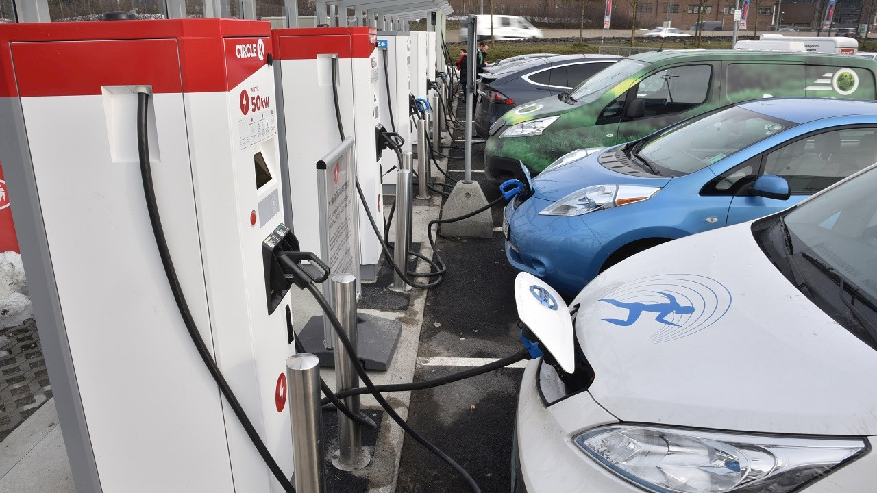 Circle K strengthens electric vehicle initiative with high power charging stations from ABB