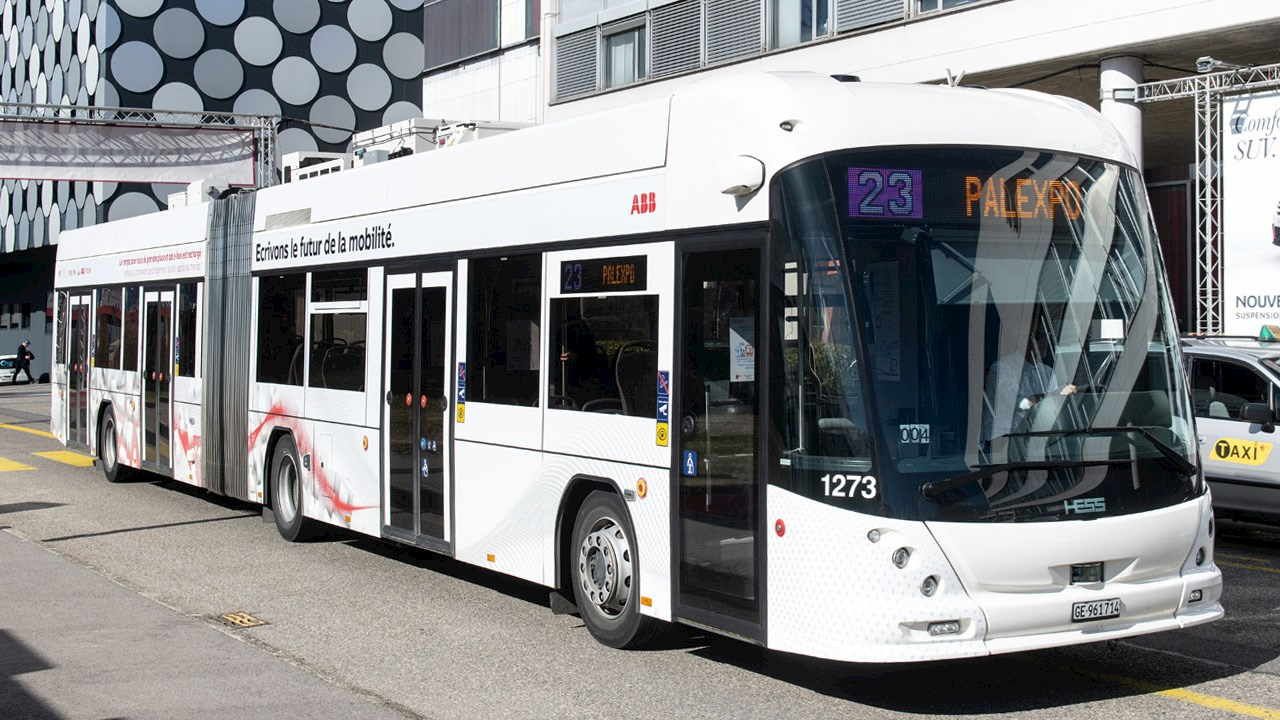ABB flash-charging eBus solution reaches a new milestone of half a million km