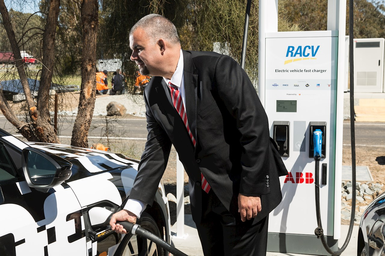 David Sullivan, head of ABB Australia's Electrification business using the first ABB 350kW Terra HP charging stations that have been installed on the Hume Highway, Victoria as part of the Chargefox ultra-rapid charging network. ABB's Terra HP charger is capable of providing up to 200km of range in only 8 minutes