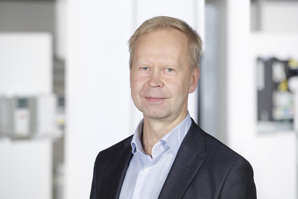 ABB nimittää Matti Vaattovaaran ABB Power Grids Finland Oy:n toimitusjohtajaksi 1.11.2019 lähtien.