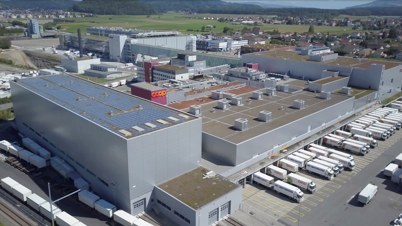 Leading Swiss supermarket chain reduces carbon footprint with ABB solar solutions