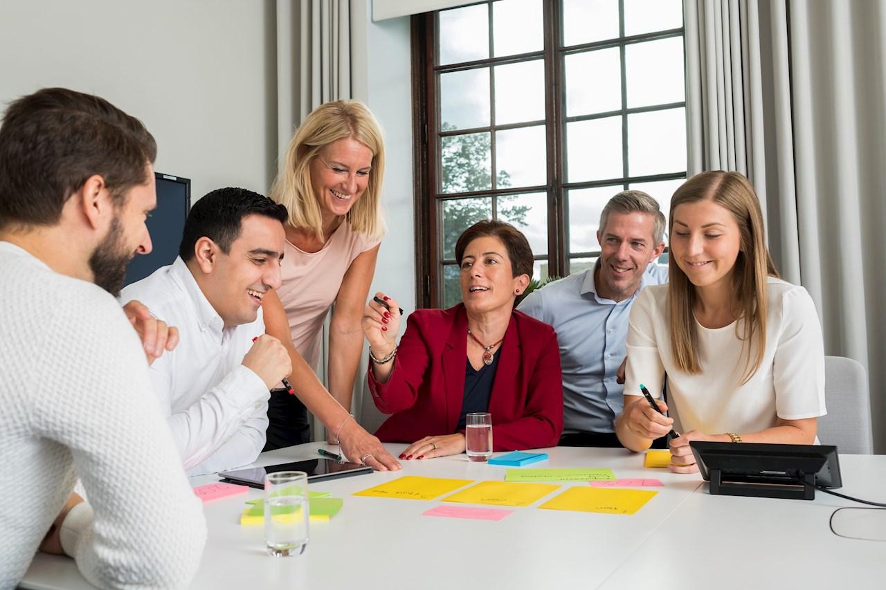 ABB Ability™ Center erbjuder möjligheter till gemensamma diskussioner och idégenerering kring hur du och ABB skapar framtiden tillsammans.