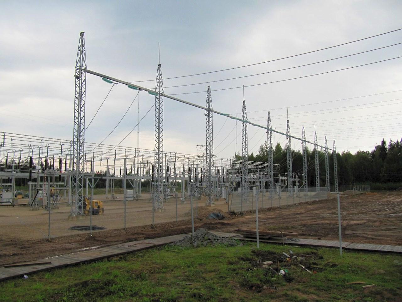 Kuus aastat tagasi ABB ehitatud moodne Tsirguliina 110 kV alajaam annab aimu, milline saab olema ka Lihula alajaam