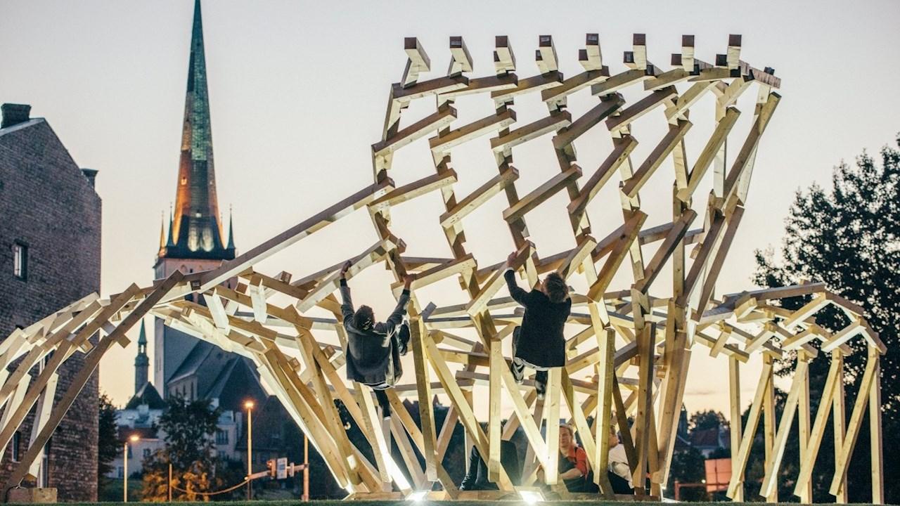 ABB - pagrindinis Talino architektūros bienalės rėmėjas