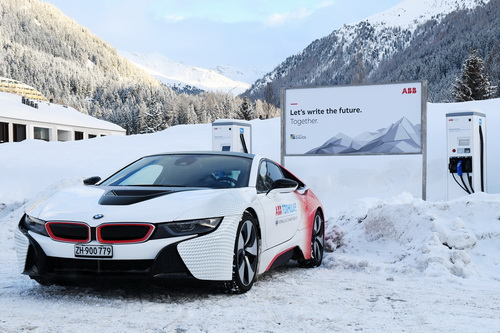 Az ABB és Davos városa innovatív e-járművekkel járul hozzá a fenntartható közlekedéshez.