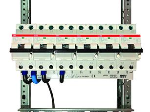 ABB pinne-tilkoblede samleskinner gjør tilkoblingen sikrere, enklere og mer oversiktlig