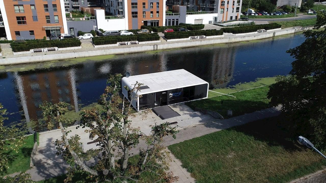 ABB paverčia plūduriuojančius apartamentus kosmine kapsule