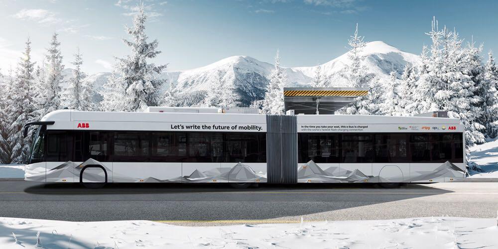 Bus elettrico dotato della premiata tecnologia ABB: gli e-bus TOSA funzionano ininterrottamente con fermate di ricarica di 20 secondi