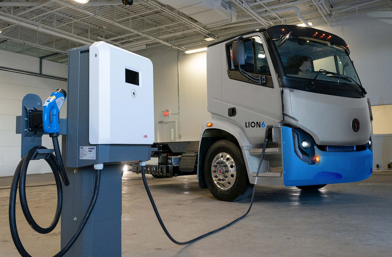 Lion Electric partner to bolster e-mobility