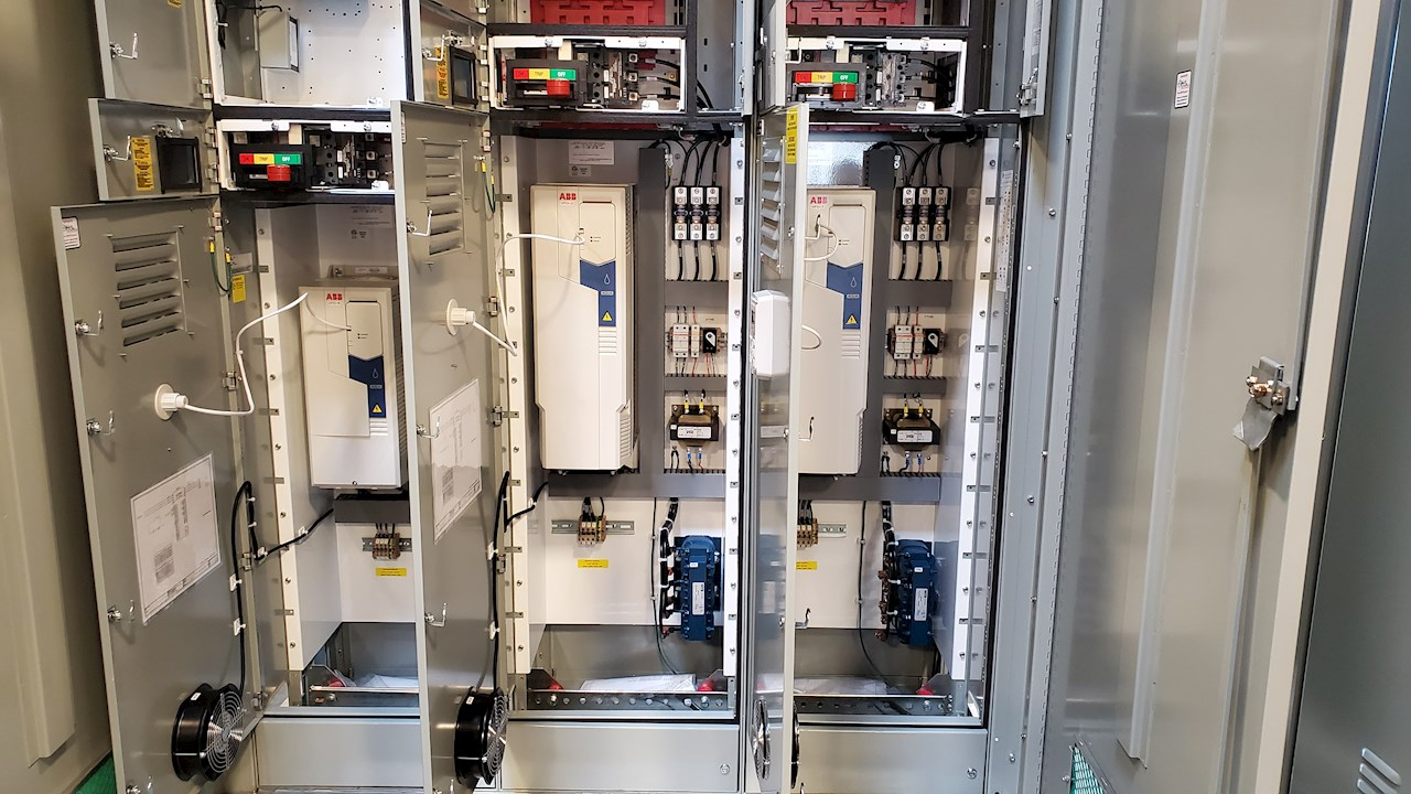 ABB's ACQ580 installed in the Evolution 9000 MCC