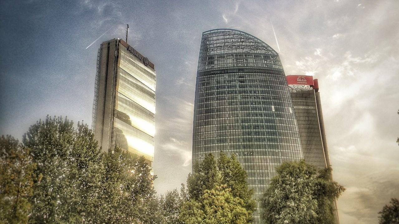 """ABB distribuisce l'energia nel """"Curvo"""" di CityLife a Milano"""
