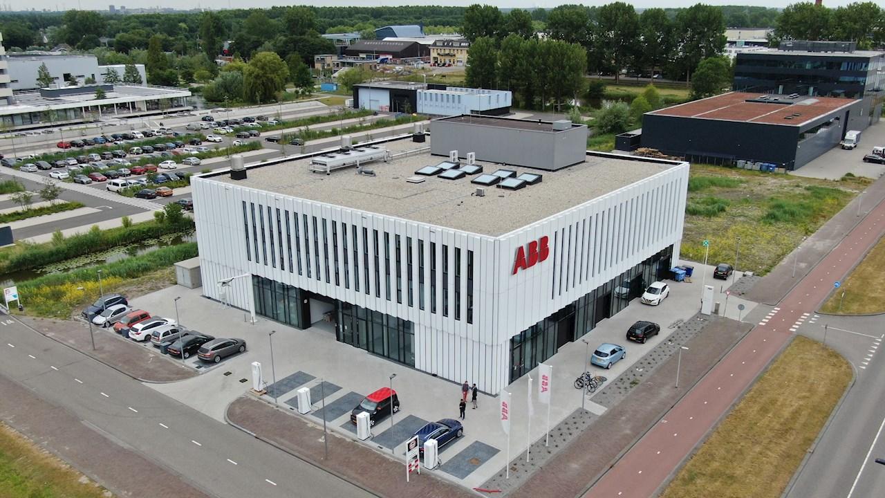 ABB accelerează inovația în domeniul mobilității electrice prin deschiderea unui nou centru global de cercetare și dezvoltare