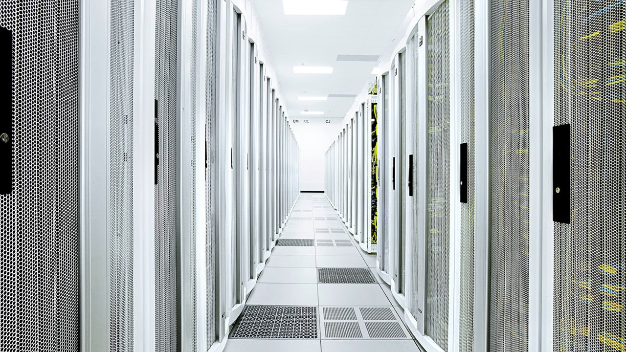 ABB signs a contract with PolyComp to deliver single-phase UPS systems on the Bulgarian market