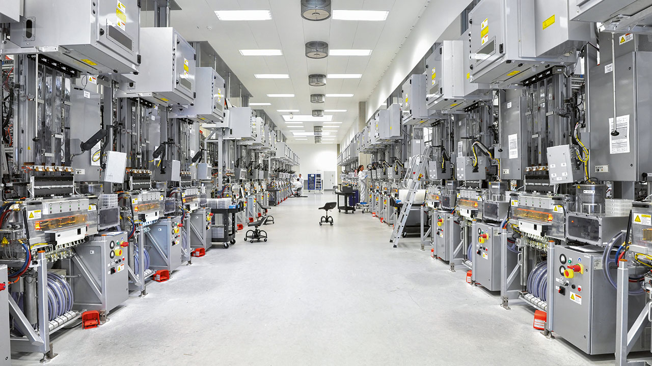 OPC UA and TSN promise to change the face of industrial data collection and processing, such as in this photovoltaic-panel manufacturing plant.