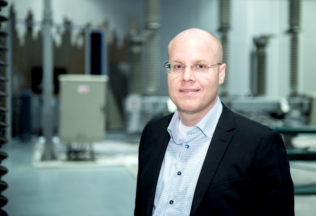 Tobias Hansson är platschef i Ludvika och Europachef för Power Transformers.