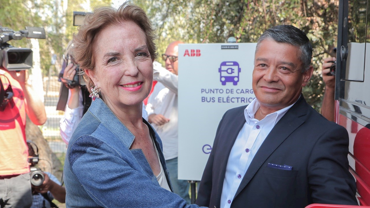 ABB powers e-mobility progress in Chile with innovative charging solution