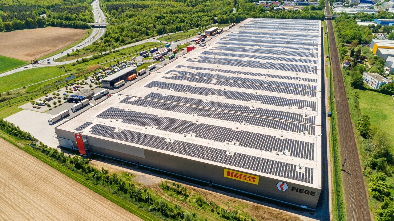 ABB solution connects large rooftop solar power system to MV network