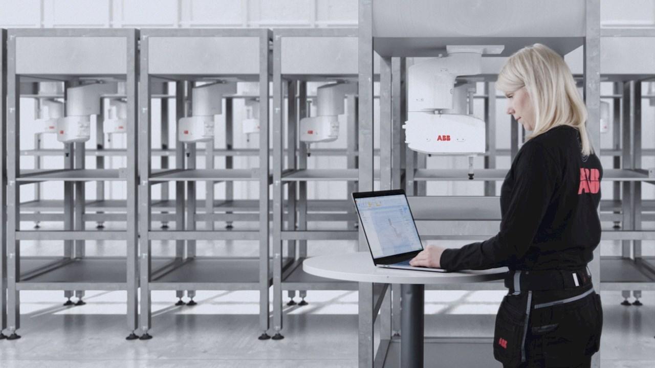 ABB arricchisce RobotStudio® con il controllo dei robot SCARA da PC