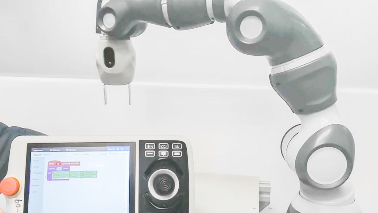 La programmazione dei robot diventa più intuitiva con il software Wizard Easy Programming di ABB