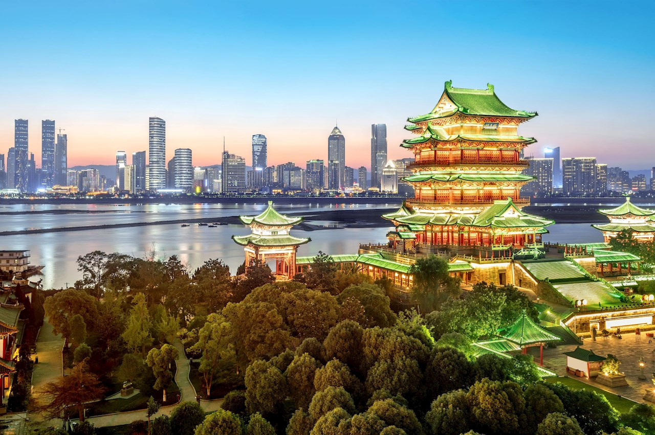 Powering Nanchang and East China with green energy: Lights of Nanchang – at the end of 1,700 Km Yazhong-Nanchang green energy link