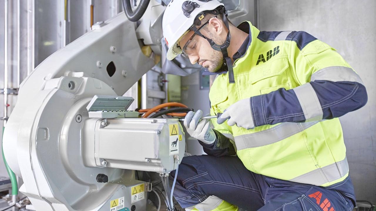 ABB tarjoaa räätälöityjä digitaalisia työkaluja ja palveluita toimintojen uudelleenkäynnistykseen